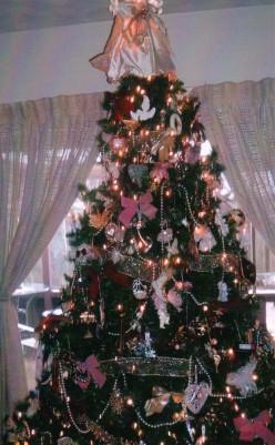 Fake Christmas Tree or Real Christmas Tree - Pros and Cons
