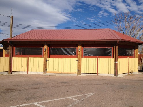 South side toward the back.  This is a later addition to the restaurant.  Large groups can congregate in this wing..
