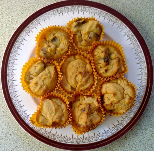 Yummy Apricot-Craisin Cupcakes