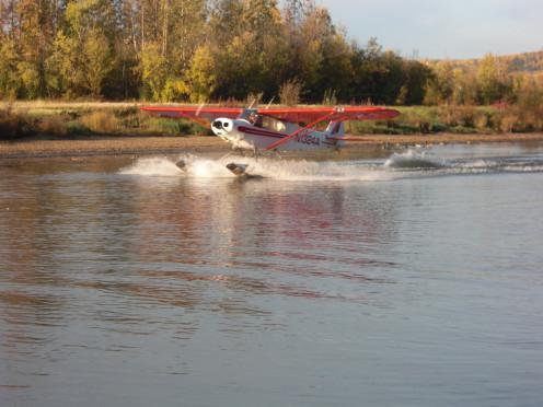 Bush plane demonstration on the Chena River