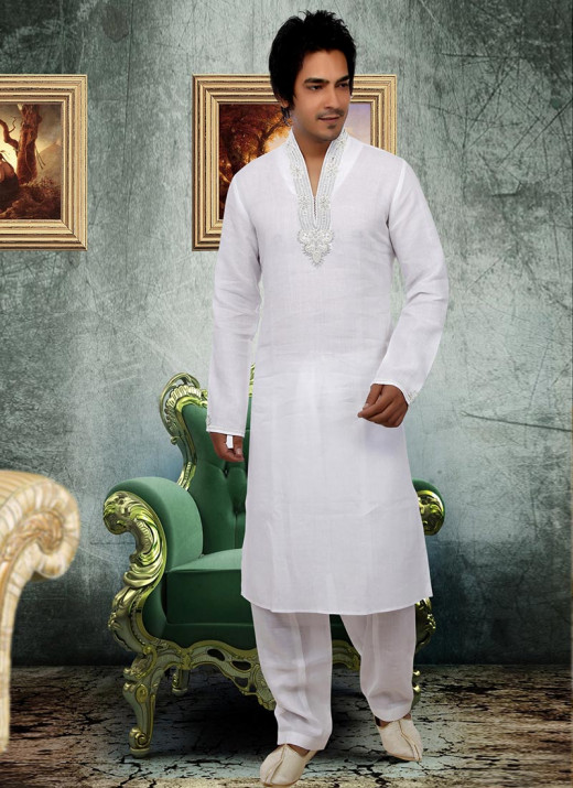 White Linen Pathani Suit. Photo courtesy of Cbazaar.com.
