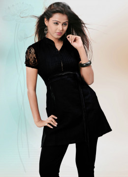 Puff Sleeved Black Linen Kurti. Photo courtesy of Cbazaar.com