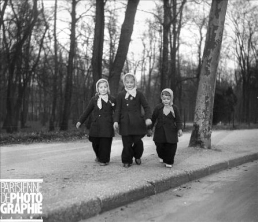 As I was near the completion of  this hub, I accidentally found this lovely picture of three little girls walking in the Bois de Boulogne in 1940, Such innocence in the midst of so much human tragedy almost made me cry. Copyright LAPI/Roger-Viollet