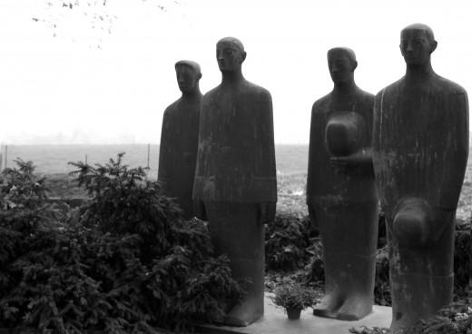 Never alone, never forgotten; Langemark German Military Cemetery, Langemark (Belgium)