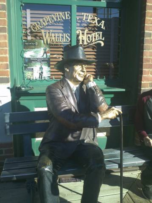 This Dickensian statue was so lifelike, we thought it was real.
