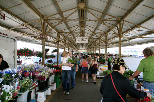 One of the corridors of the Minneapolis Farmers' Market.