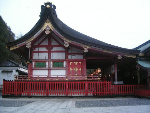 Fushimi Inari-taisha Main Hall, destroyed in Onin war but reconstructed in 1494.