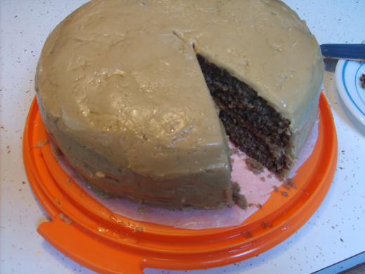 Actually, the cake is not quite as dark as the picture shows.  The color was more of a light purple.