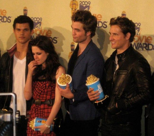 The cast of Twilight at the MTV Movie Awards