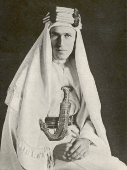 The Real T.E. Lawrence in Arabic Clothes