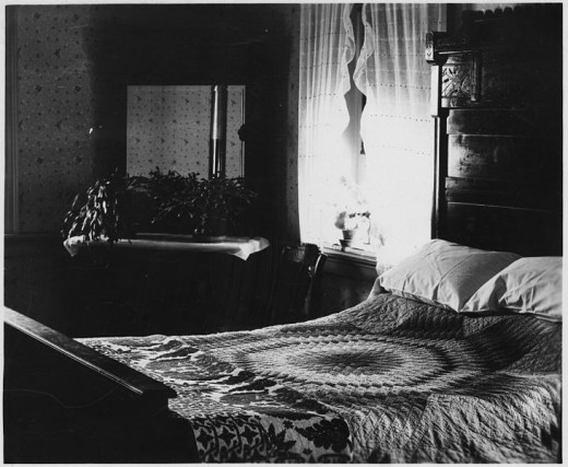 Scary Bedroom by Paranormal Experiences In Bedrooms Hubpages. 28    Scary Bedroom     Paranormal Experiences In Bedrooms