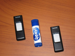 SanDisk flash drive work horses
