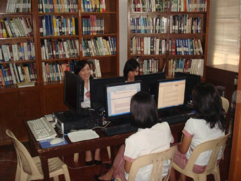 Studying at the SBCA College Library