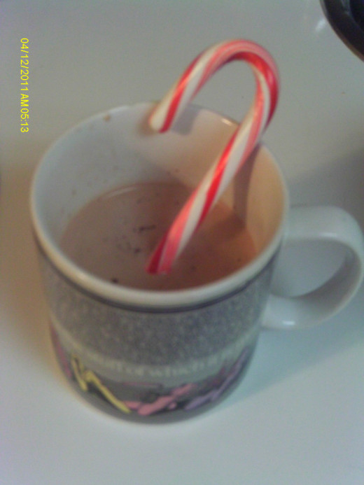 In hot chocolate to add a minty flavor.