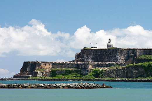 This photograph of Fort San Felipe del Morro (El Morro Castle) was taken by Mtmdfan on September 20, 2006.