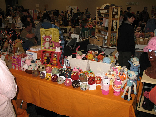 Easy crafts to make or sew and sell at a crafts fair or for Personalized crafts to make and sell