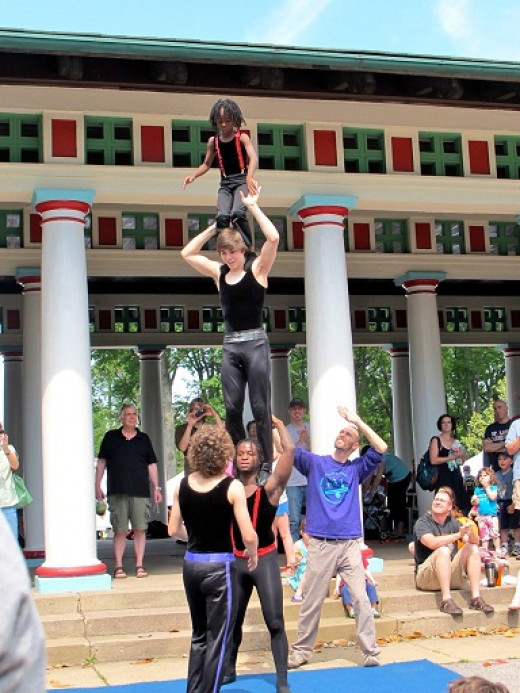Circus Harmony at Tower Grove Park Farmers Market