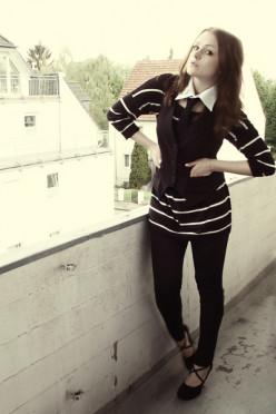 Chictopia black tie for women.  Pair tie with vest or blazer.