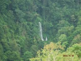 Sindang Gile seen from Pondok Senaru.