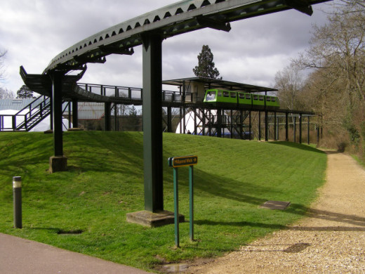 Northern monorail station at Beaulieu The Beaulieu monorail (established 1974) transports visitors from the National Motor Museum to Palace House. It also travels through the roof of the National Motor Museum, giving travellers a bird's eye view of t