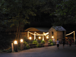 A Beautiful, Fun-Filled Tourist Experience: Lost River Cave in Bowling Green, KY