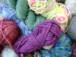Helpful Knitting Hints:  Picking the Right Yarn for Your Knitting Project