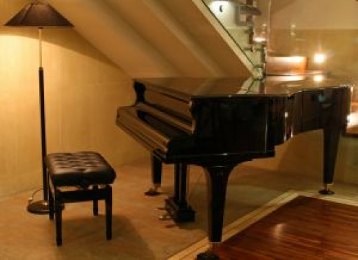 Choosing the right piano is not an easy task