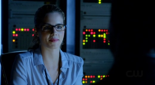 Like Chloe on Smallville, Felicity can conveniently get you any information you need within seconds. Unlike Chloe, she's got a stupid ear-bar piercing.