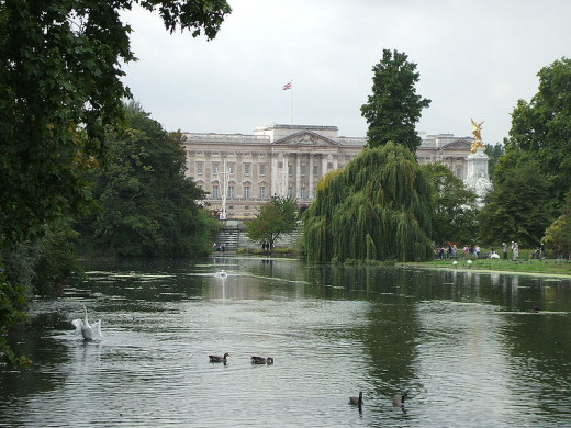 Buckingham Palace as seen from across St James' Park, looking to the west.