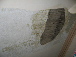 Help & Advice on How To Patch Plaster Blown, Damaged or Loose Plastering On Laths or Wooden Slats, Repair Plaster