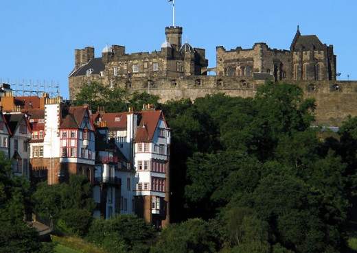 Ramsay Gardens below Edinburgh Castle