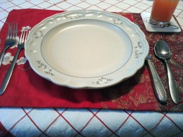 Table setting with placemat