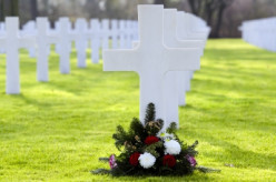 "Tis The Season to Remember Our Fallen:  ""Wreaths Across America"" Honors the Memories of Our Fallen Military Members"