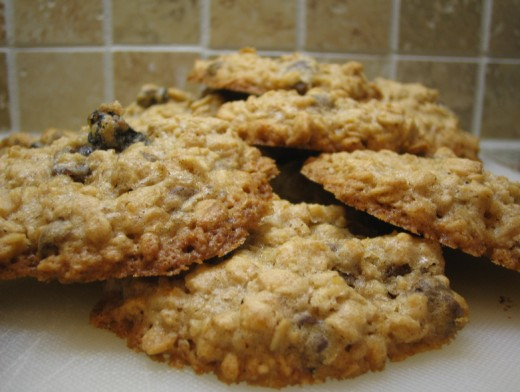 Leftover oatmeal can be incorporated into cookies or you can make a healthy milkshake with bananas or other fruits.