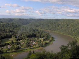 Allegheny County and the Allegheny River Valley are very picturesque.