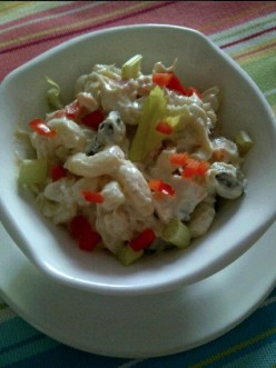 Easy Cheesy Chicken Macaroni Salad