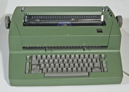 Typewriter by IBM (ca. 1985)