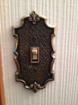 Vintage single light switch plate cover