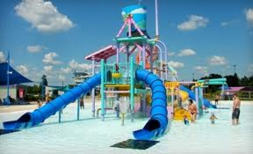Splash Beach features water rides for the whole family. Everything from slides and the lazy river to the wave pool are located at Splash Beach.