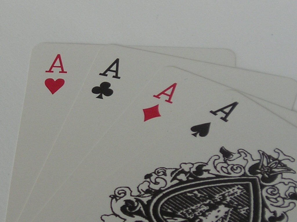 How to play the go fish card game for How to play go fish