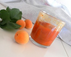 How To Make Sweet Apricot Jam