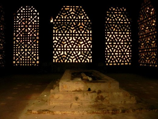 Shaikh Yusuf Qattal was a disciple of Qazi Jalauddin of Lahore. He performed religious devotion at Satpula and died in the year A.H. 933.