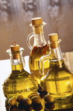 How to Make Natural, Homemade Herbal Cooking Oil