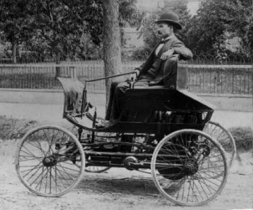 Elwood Haynes & his automobile