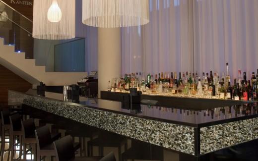 K Lounge Bar
