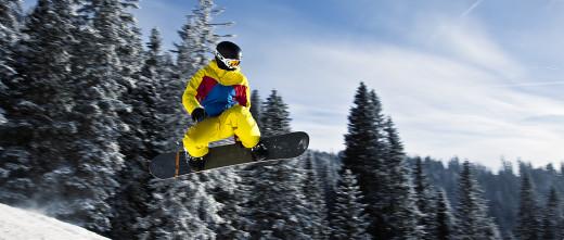 Snowboarder in Tannheim, Tyrol, Austria