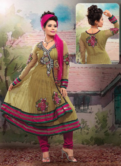 Indo-Canadians Can Find Gorgeous Readymade Salwars Online