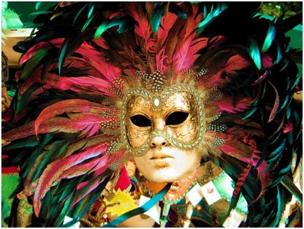 Inspire readers with vivid pictures of your theatrical production.