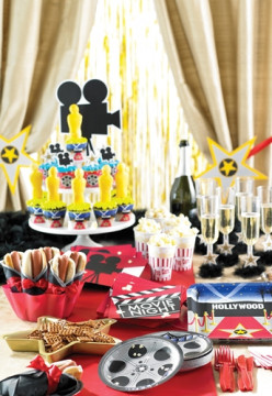 How to Throw  a Hollywood Baby Shower