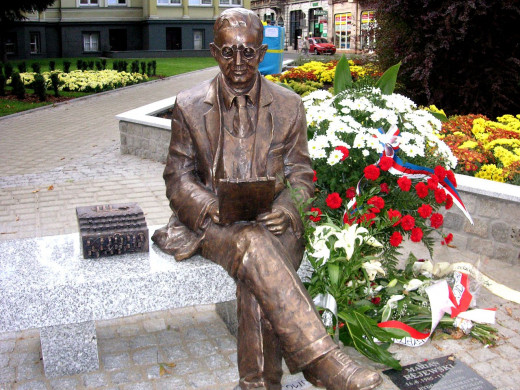 Marian Rejewski, the Polish mathematician who led the work on the Enigma codes. This monument honors him